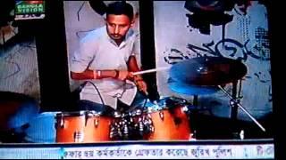 Sohe Na Joto Na by Arfin Rumey At Banglavision Live