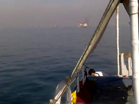 Deep Sea Fishing near Kemari, Karachi, Pakistan 6