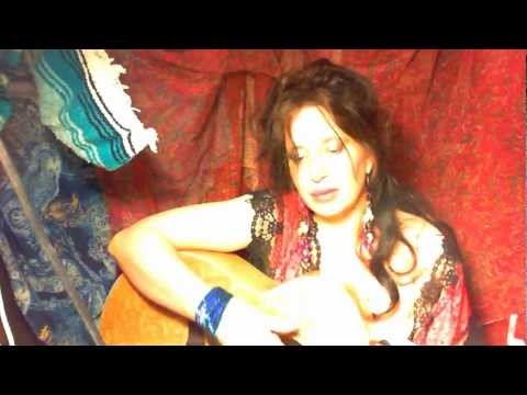 Hot Sexy Romantic,original Love Song (give That Man A Call) Acoustic,female,guitarist,kashmir video