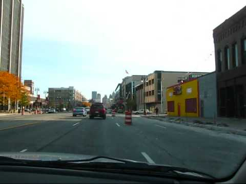 Detroit: Driving on Woodward Avenue past MOCAD