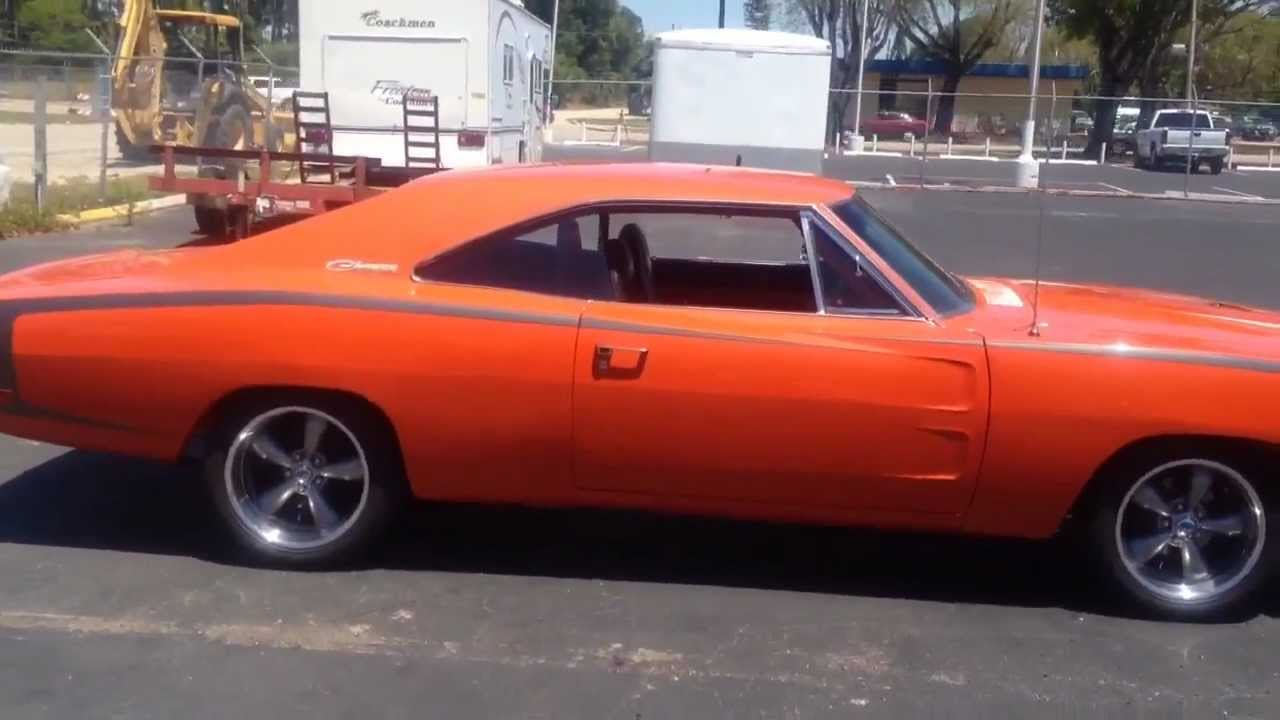 1969 Charger R T With A 426 Hemi Engine Youtube