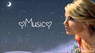 Watch Taylor Swift White Christmas video
