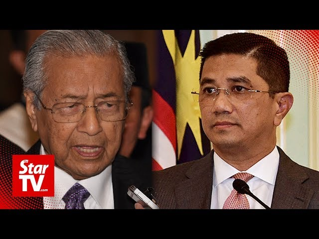Sex video: No need for Azmin go on leave pending probe, says Dr M thumbnail