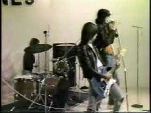 Ramones - Promotion Video'76 for we're outta here!) Loudmout