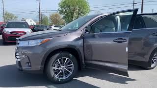 New 2019 Toyota Highlander XLE SUV AWD TK751