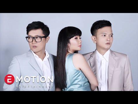 download lagu Cassandra - Cinta Dari Jauh gratis