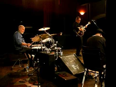 Royce Campbell Trio Days of Wine and Roses Solo