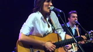 Watch Tanita Tikaram Light Up The World video