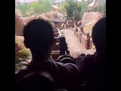 Shanghai Disneyland Full OnRide Seven Dwarfs Mine Train 2016