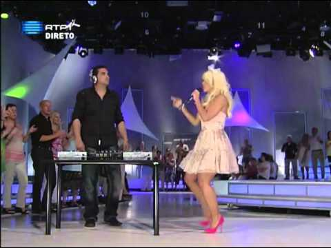 Anda Adam - Can You Feel Love (& Kourosh Tazmini) (Live)