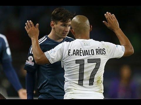 Messi Vs Arevalo Ríos & Álvaro Pereira - Argentina Vs Uruguay (Copa América 2015)