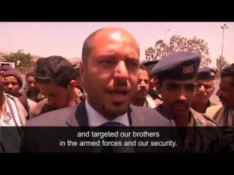 Sana'a bomb attack targets military parade _ World news _ guardian.co.uk.mp4
