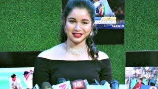 Sara Tendulkar Interview At Sachin A Billion Dreams Movie Premiere