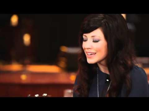 Kari Jobe - We Exalt Your Name
