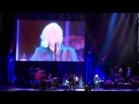 Barry Gibb - To Love Somebody (LIVE) Mission Estate Winery, New Zealand - Feb. 2013