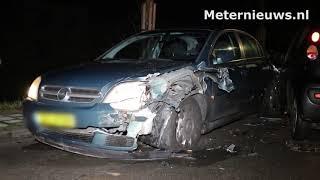 Gewonde na aanrijding tussen twee auto's in Assen