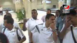 لحظة وصول لاعبو المنتخب الوطنى إلى مطار أسوان