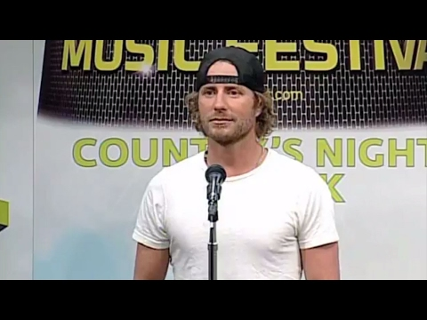 Dierks Bentley was a CMA Music Fest volunteer? - CMA Music Festival TV Aug 14 on ABC!