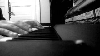 Woodkid/Nils Frahm - Ellis recomposed by Julien Marchal