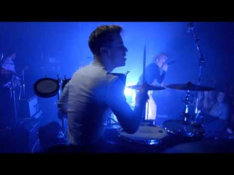 Download  LA ROUX - LIVE AT BATACLAN - PARIS Gratis, download lagu terbaru