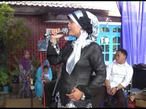 Qamaria Nada ( Qosidah Pekalongan ) Ahlizzimam by Nurul Q
