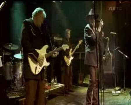 Topi Sorsakoski & Agents - Kaksi kitaraa (Tavastia 2007)