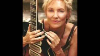 Watch Eliza Gilkyson He Waits For Me video