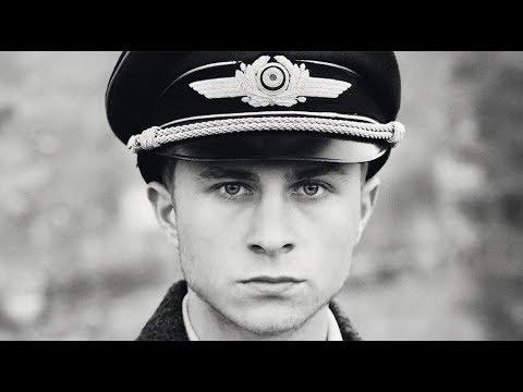 "Crítica De Cine: ""The Captain"" De Robert Schwentke"