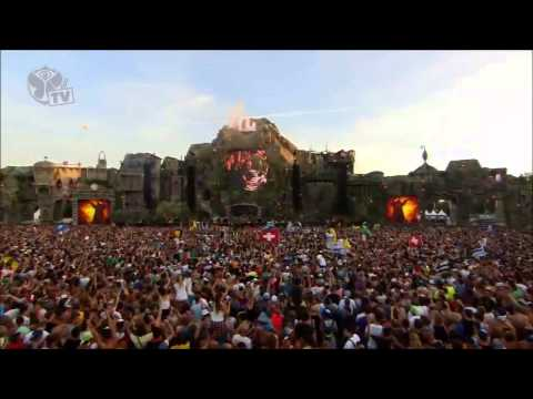 David Guetta ft Nicky Romero  Afrojack   Locked Out Of Heaven Bruno Mars @ Tomorrowland 2013