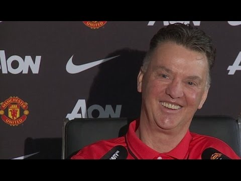 Manchester United - Louis van Gaal Shares Easter Giggles With Gathered Journalists