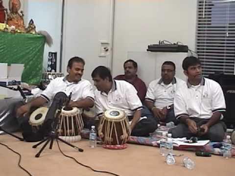 Mandir - Mangal Mandir Kholo (rāg - Kāfi, Pada 95) video