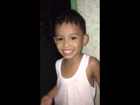 Lorenz Singing Chinito video