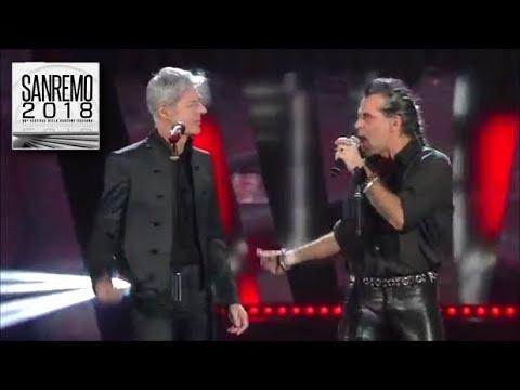 Sanremo 2018 - Piero Pelù e Claudio Baglioni in un omaggio al grande Lucio Battisti