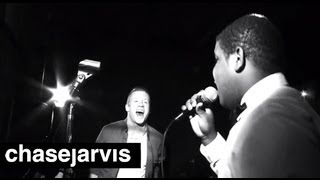 """MACKLEMORE & RYAN LEWIS """"Can't Hold Us"""" 