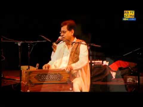 Main nashe mein hoon Jagjit Singh Live in Sydney - http:www....