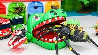 악어 이빨요정친구들 차고지 왕거미 벌레 잡기놀이 꼬마버스타요 장난감 동영상
