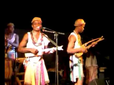 Sarandra Beloba à Mtsapéré (4) Duo de mandoliny