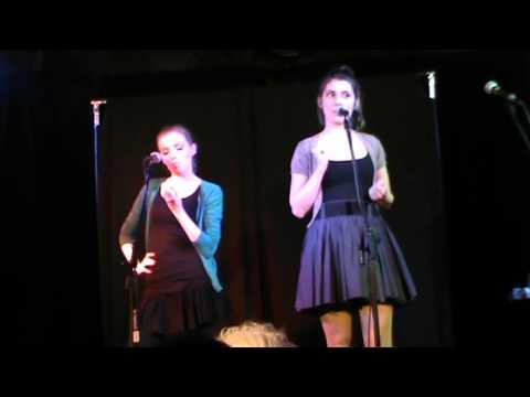 Kabaret Krzesełko - Psiapsiółki (dziewczyny Tak Mają)