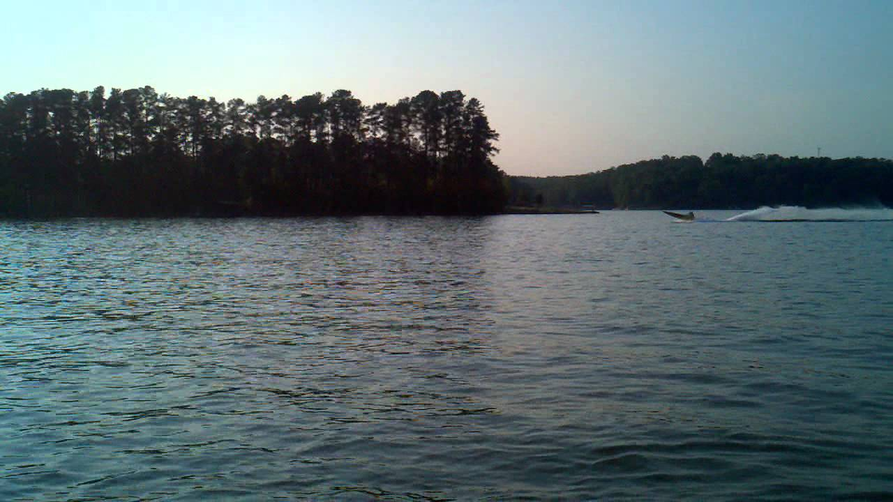 Party island lake hartwell sc youtube for Fishing lake hartwell