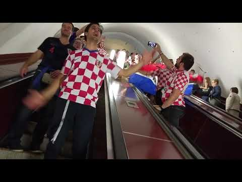 11.07.2018 Croatia fans in metro (before England - Hrvatska, Moscow) thumbnail