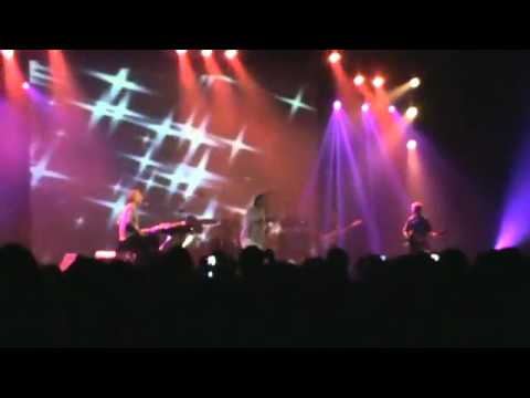 Ray Manzarek and Robby Krieger of the Doors (Tel Aviv 05.07.2011) - when the music's over