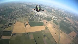 """Аэроклуб """"Одесса"""". За секунду до трагедии - спасение двух парашютистов!"""