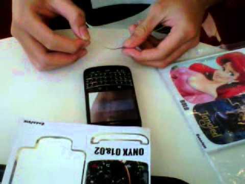 Cara Pasang Skin BlackBerry - www.BikinSkin.com