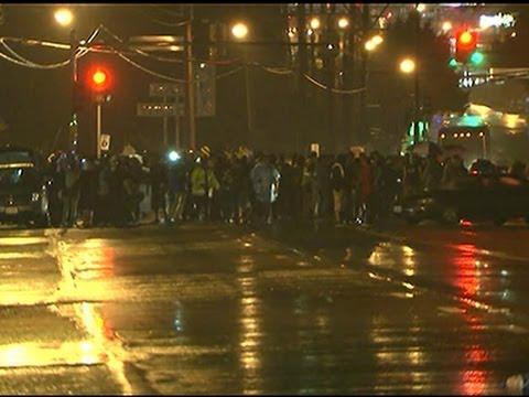 Raw: Few Protesters As Ferguson Curfew Begins