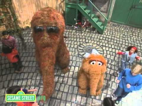 Sesame Street - The Snuffleupagus Polka