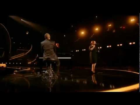 [HD] - The BRIT Awards 2011 - Adele sings Someone Like You