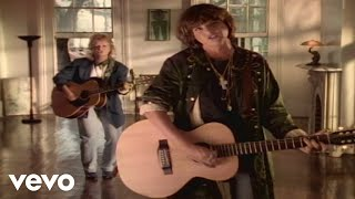 Watch Indigo Girls Joking video