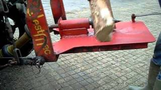 WestMac tractor driven screw type log splitter