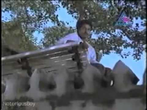Arikil Nee Undayirunnenkil.mp4 video