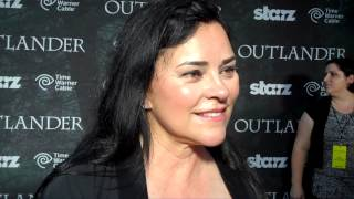 Outlander TV News' Tartan Carpet Interview with Diana Gabaldon and Ronald D. Moore